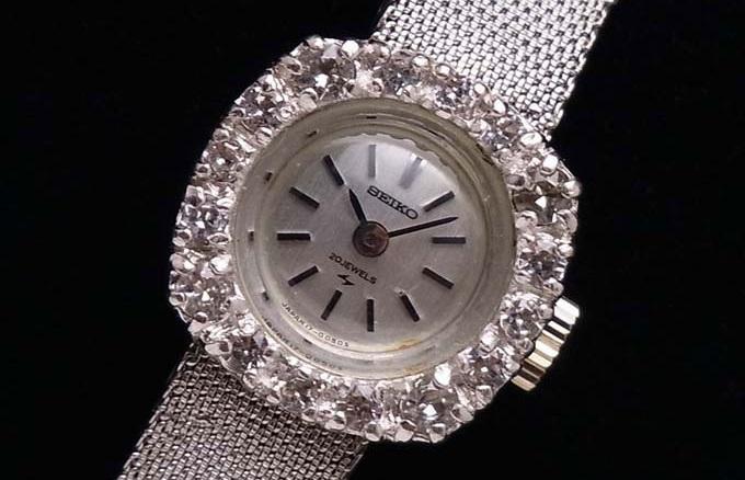 アンティーク時計が凄く儲かる5のポイント